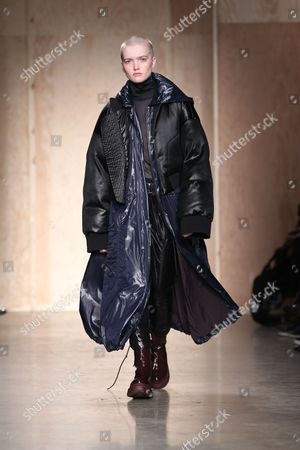 Stock Photo of Ruth Bell on the catwalk