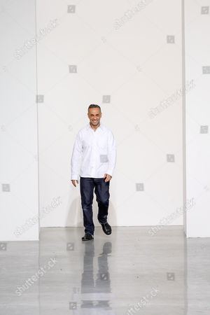 Francisco Costa on the catwalk