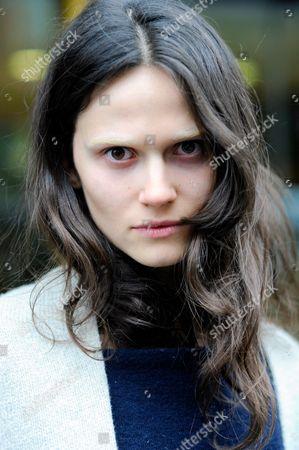 Model Rachel Finninger after Julian Mcdonald
