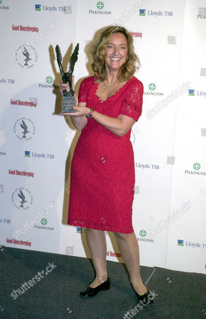 Claire Bertschinger, the Red Cross nurse who inspired Live Aid, with the Window to the World award