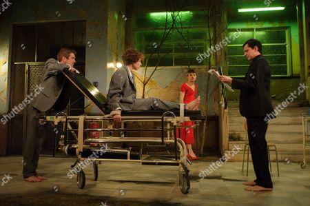 Cast is: Graham Butler (Graham), Tom Mothersdale (Tinker), Peter Hobday (Carl), George Taylor (Rod), Michelle Terry (Grace), Matthew Tennyson (Robin), Natalie Klamar (the Woman).