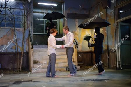 Stock Picture of Cast is: Graham Butler (Graham), Tom Mothersdale (Tinker), Peter Hobday (Carl), George Taylor (Rod), Michelle Terry (Grace), Matthew Tennyson (Robin), Natalie Klamar (the Woman).