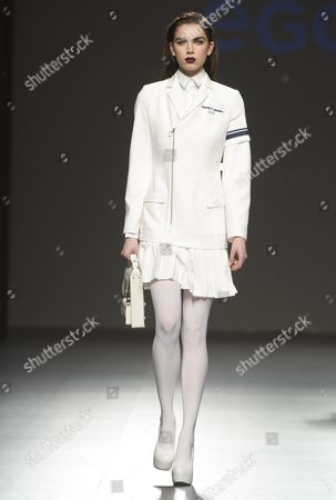 Stock Picture of Sanne de Roo on the catwalk