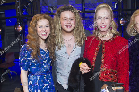 Cassidy Janson (Carole King), Luke Friend and Lady Colin Campbell backstage