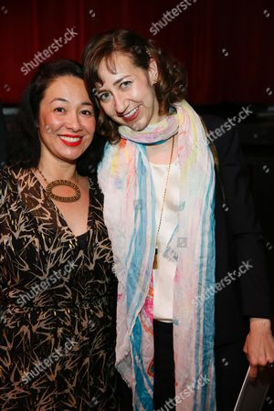 Amanda Fairey and Kristen Schaal pose