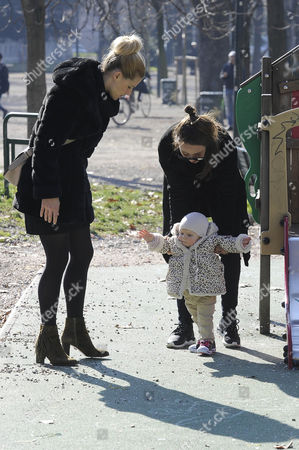 Michelle Hunziker to the park with her daughters Celeste Trussardi and Aurora Hunziker-Ramazzotti