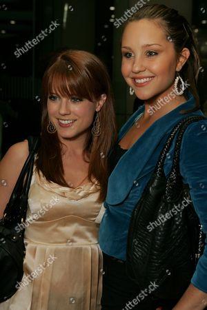 Allison Munn and Amanda Bynes