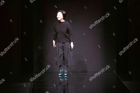 Izumi Ogino on the catwalk