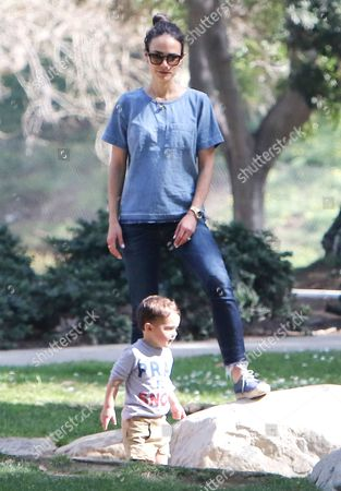 Stock Picture of Jordana Brewster and son Julian Brewster-Form