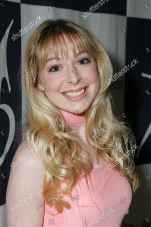 Stock Picture of Lisa Foiles
