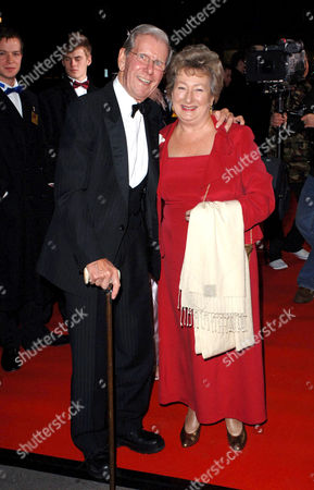 Editorial image of THE VARIETY CLUB SHOWBUSINESS AWARDS, LONDON, BRITAIN - 13 NOV 2005