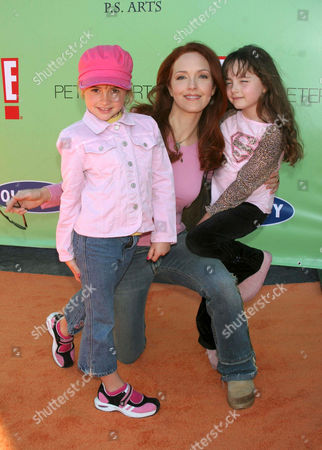 Amy Yasbeck and daughter Stella Ritter (r)