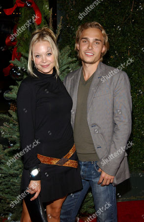 Alexandra Holden and Joey Kern