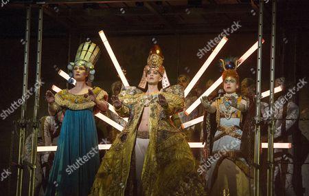 Emma Carrington as Nefertiti, Anthony Roth Costanzo as Akhnaten, Rebecca Bottone as Queen Tye