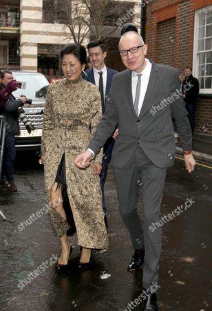 Robert Thomson, wife Wang Ping
