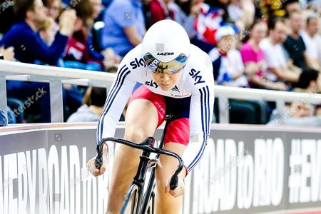 Jessica Varnish of GBR competes in the Women's Sprint Qualifying