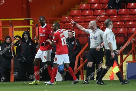 Yaya Sanogo of Charlton, on loan from Arsenal, is sent off by referee Charles Breakspear late in the second half during Charlton Athletic vs MK Dons, Sky Bet Championship Football at The Valley, London