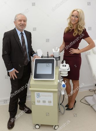 Dr Leah Totton and Lord Alan Sugar unveil world's first 3D-Bespoke lipo machine