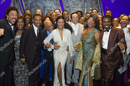Charl Brown (Smokey Robinson), Charles Randolph-Wright (Director), Lucy St Louis (Diana Ross), Smokey Robinson, Mary Wilson, Cedric Neal (Berry Gordy) and members of the cast backstage
