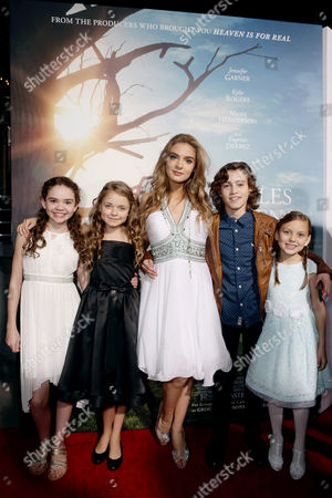 Hannah Alligood, Kylie Rogers, Brighton Sharbino, Brandon Spink and Courtney Fansler