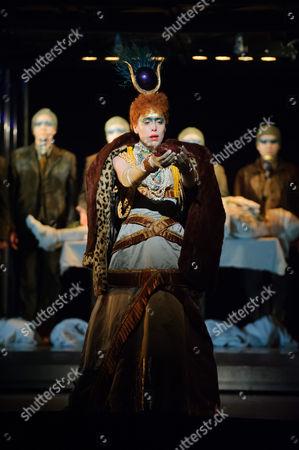 Rebecca Bottone (Queen Tye)