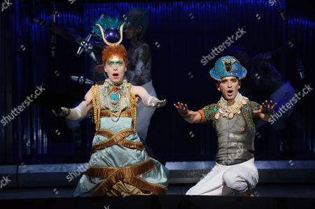 Rebecca Bottone (Queen Tye) and Anthony Roth Costanza (Akhnaten)