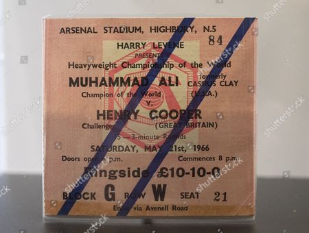 Ticket Ali V Sir Henry Cooper Fight at the Arsenal Stadium Highbury 21st May 1966
