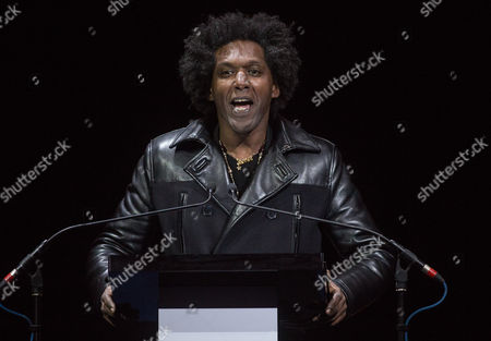 Lemn Sissay performing