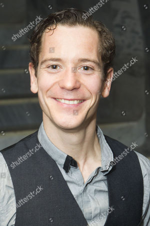 Gabriel Vick (Author)