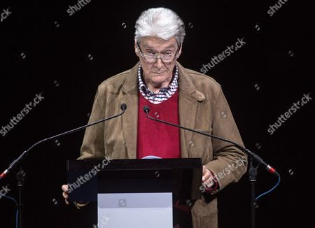 Timothy Carlton on stage