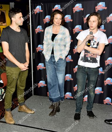 Editorial picture of Logan Miller and Robin Weigert visit Planet Hollywood, New York, America - 17 Mar 2016