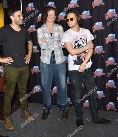 Editorial image of Logan Miller and Robin Weigert visit Planet Hollywood, New York, America - 17 Mar 2016