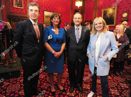 Pictured: (l-r) John Stapleton Itv News Journalist Ros Altmann Steve Webb And Twiggy Give A Speech On Age Discrimination In The Workplace At The Houses Of Parliament Westminster.