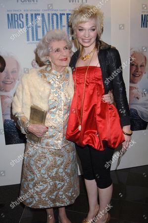 Doris Barry and Anna Brewster