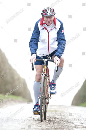 David Hemery Former Olympic Gold Medalist And Winner Of The Original Superstars In 1973 In Training For The London Marathon In Aid Of His Charity 21st Century Legacy. Picture Shows:- David On His Bike Which Was The Original Raleigh Team Bike From His 1973 Win In Superstars.