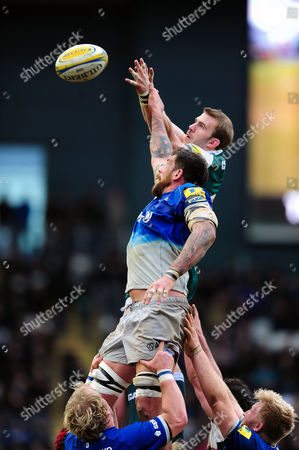Jim Hamilton of Saracens competes with Tom Croft of Leicester Tigers for the ball at a lineout