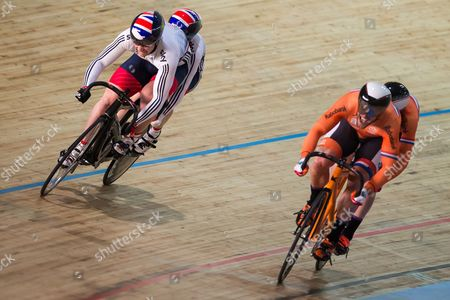Great Britain's Neil Fachie and Peter Mitchell beat the Netherlands to Gold in the Men's Sprint Final.