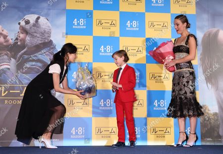 Stock Picture of Miho Kanno, Jacob Tremblay and Brie Larson