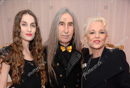 Inesa Vaiciute, Barrington De La Roche and Amanda Eliasch