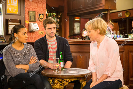 Sally Metcalfe, Sally Dynevor, parks herself with Steph Britton, Tisha Merry, and Andy Carver, Oliver Farnworth, and bores them rigid with her political spiel.