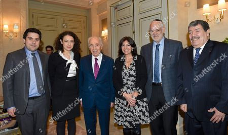Deputy Mayor Patrick Klugman, Rabbi Delphine Horvilleur, former President of Israel Shimon Peres, Paris Mayor Anne Hidalgo, Rabbi Michel Serfati