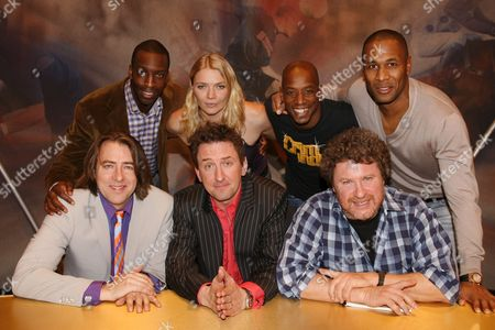Back - Michael Johnson, Jodie Kidd, Ian Wright, Les Ferdinand, Front - Jonathan Ross, Lee Mack and Rory McGrath