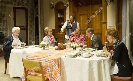 Nicholas Le Prevost as Frank, Gillian Wright as Mary,  Jason Merrells as Bob, Tamzin Outhwaite as Teresa,Matthew Cottle as William, Jenny Seagrove as Fiona,