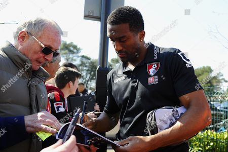 Sylvain Distin of AFC Bournemouth signs an autograph during AFC Bournemouth vs Manchester City, Barclays Premier League Football at the Vitality Stadium on 2nd April 2016