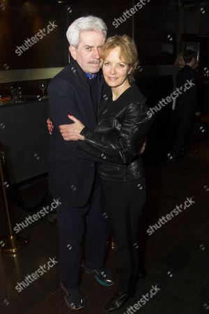 Nicholas Le Prevost (Frank Foster) and Jenny Seagrove (Fiona Foster)