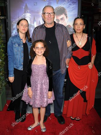Claire O'Neill, Ed O'Neill, Sophia O'Neill and Catherine Rusoff