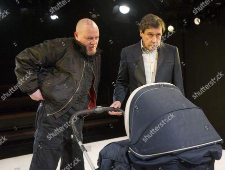 Chris Corrigan as Slim,  Stephen Rea as Eric