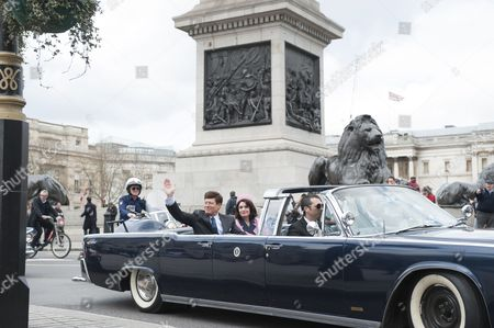 John F Kennedy and Jacqueline Kennedy lookalikes at Trafalgar Square