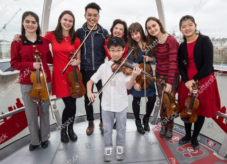 Marley Erickson (US, 12), Ariel Horowitz (US, 19), Ray Chen (judge for the competition), Samuel Tan (Singapore, 11), Tasmin Little OBE (judge for the competition), Juliette Roos (UK, 20), Eva Zavaro (France, 20) and Eunseo Lee (South Korea, 14)