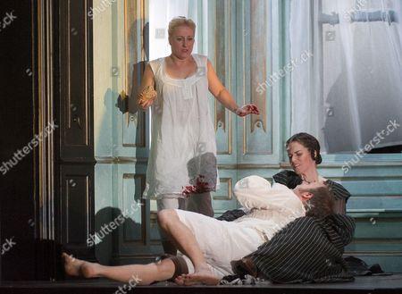 Diana Damrau as Lucia, Taylor Stayton as Arturo, Rachel Lloyd as Alisa
